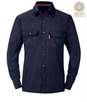 Camicia ignifuga, polsini con bottoni regolabili, tasche sul petto, colore blu navy. Certificato ASTM F1506-10a, NFPA 2112, NFPA 70E, EN 11612: 2009, ASTM F1959-F1959M-12