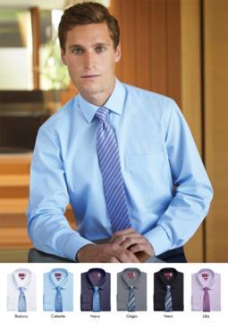 Camicia elegante da uomo per divisa elegante da lavoro. Tessuto in poliestere, cotone ed elastane, easy iron. Colletto a contrasto di colore bianco.