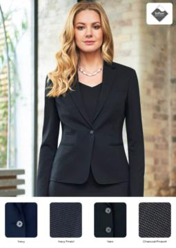 Elegant slim fit workwear jacket with one-button closure. Fabric with stain-resistant treatment.