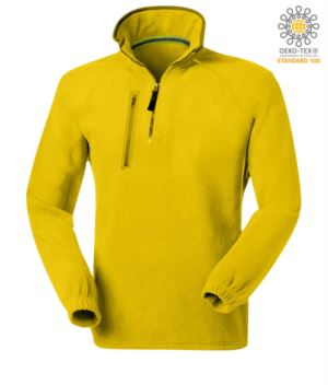 Short zip fleece, two pockets with one zipped pocket. Colour: yellow