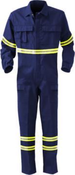 Tuta intera in nomex, polsini elastici, elastico in vita, due tasche posteriori, una tasca posteriore, colore blu navy. Certificato EN 11611, EN 1149-5, EN 11612:2009, UNI EN ISO 340:2004, EN 15614, tuta ignifuga