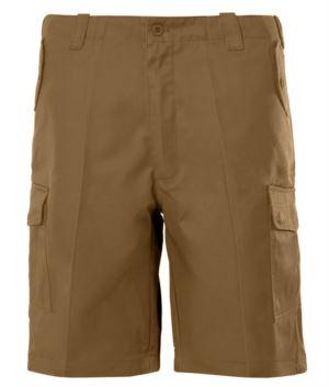 Multi pocket Bermuda Shorts. Color sand