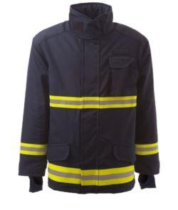 Giaccone antincendio, tessuto combinato da 4 strati, barriera contro umidità e termica, polsini in maglia, zip frontale, colore blu navy. Certificato EN 469
