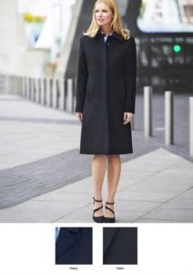 Elegant coat with seven buttons and two pockets, 60% Wool, 20% Caschemere, 20% Polyamide.