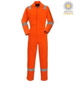 Tuta antistatica, ignifuga leggera, polsino regolabile con velcro, tasca su manica e per ginocchiere, banda rifrangente su fondo gamba, maniche e spalle, certificata 89/686/CEE,EN 11611, EN 1149-5, EN ISO 11612:2009, colore arancione